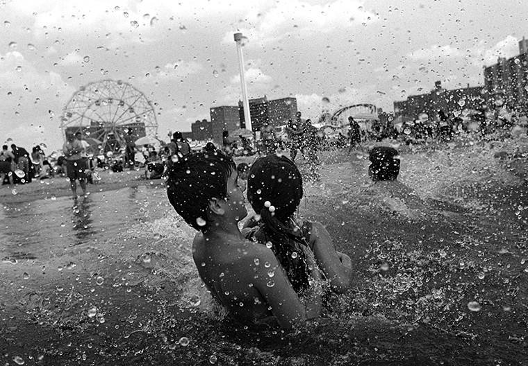Coney Island, 2002