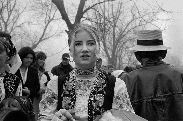 Surdesti, Romania, 2004